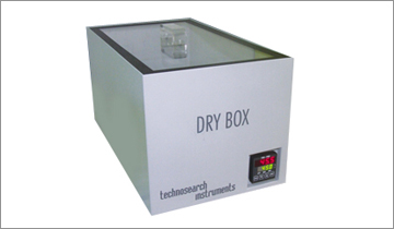 DRY BOX Model (PID Controller)